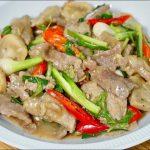 Fried Beef - เนื้อผัดน้ำมันหอย 🇹🇭